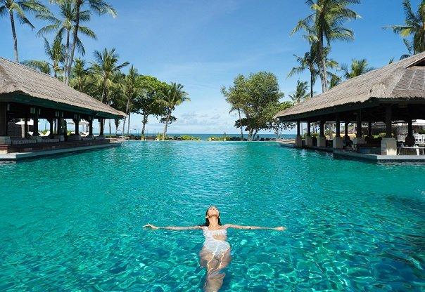 Границы Бали могут быть открыты до конца года