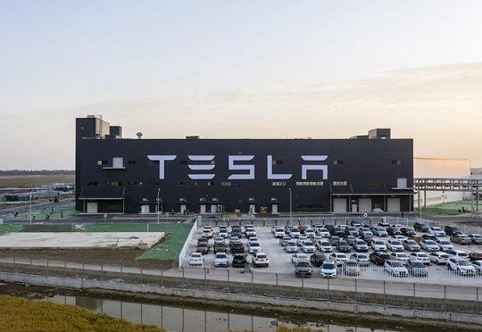 Tesla разрабатывает бюджетный электромобиль для китайского авторынка