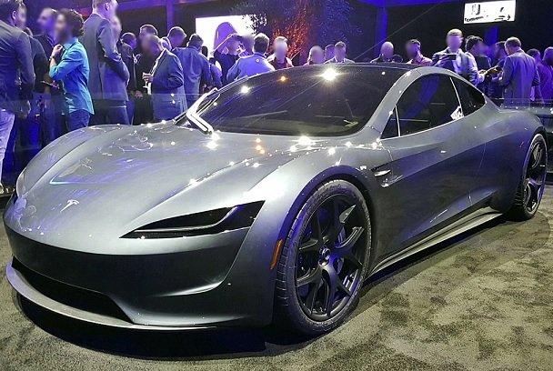 Выпуск Roadster второй генерации будет начат Tesla не ранее 2022 года