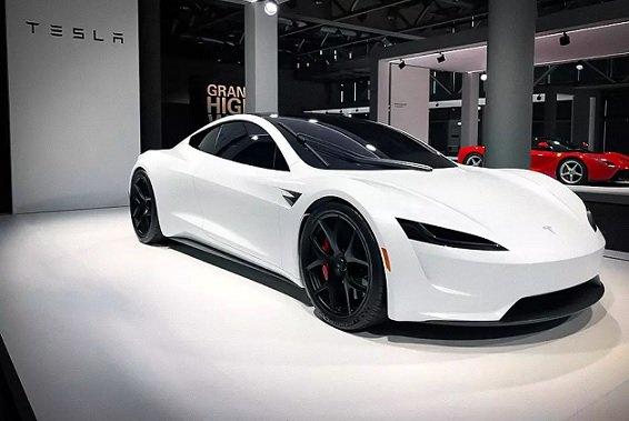 Новый Tesla Roadster сможет отрываться от земли