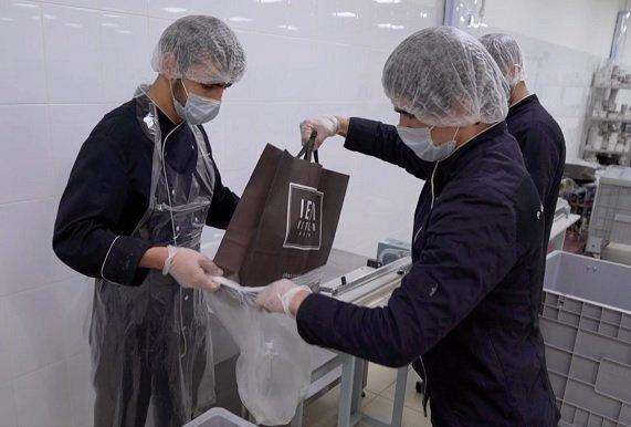 Лидером рынка сервисов готового питания снова оказалась Performance Group