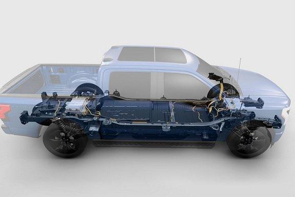 Ford решил заняться выпуском тяговых аккумуляторов