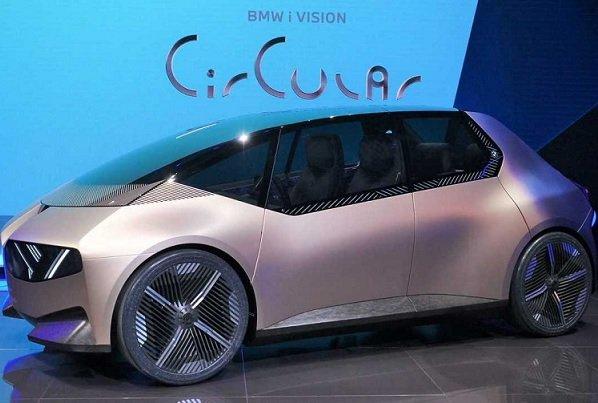 BMW спроектировала концепт полностью перерабатываемого электромобиля