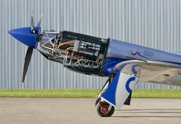 Rolls-Royce сообщила об успешных испытаниях электрического самолета